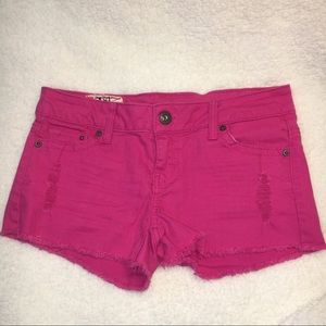 Pants - 🚨 Fuchsia jean shorts